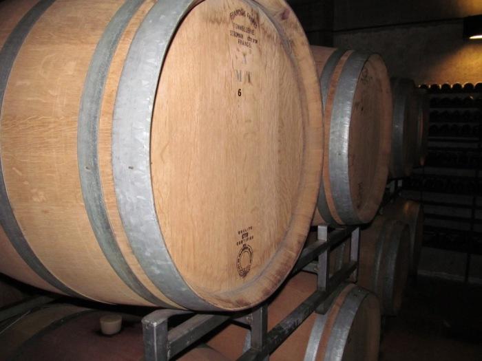 Na visita é possível ver todo processo da produção e armazenamento do vinho
