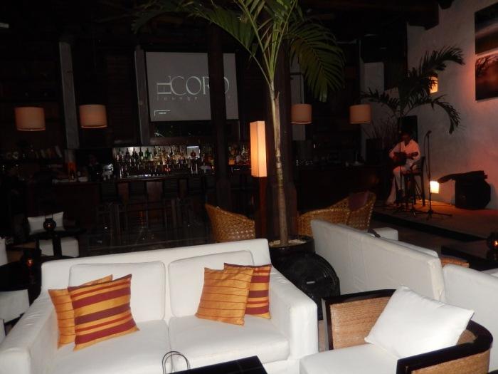 El Coro Lounge