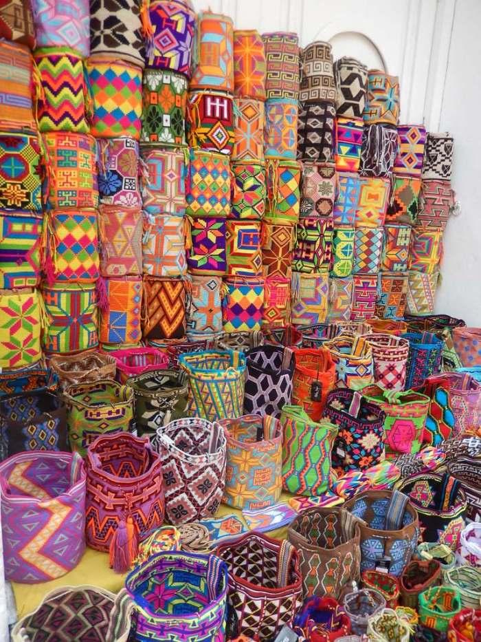 Bolsas Wayuu, queridinha das fashionistas, por US$ 30 nas ruas