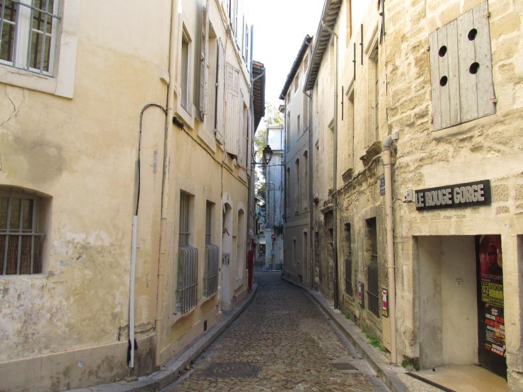 Atra U00e7 U00f5es Da Hist U00f3rica Avignon