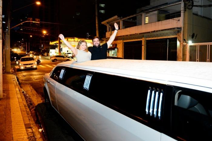 Yes, nós temos limousine em Sampa