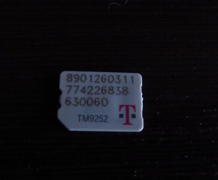 O chip padrão de envio é o nano, como o meu, mas é possível pedir um adaptador