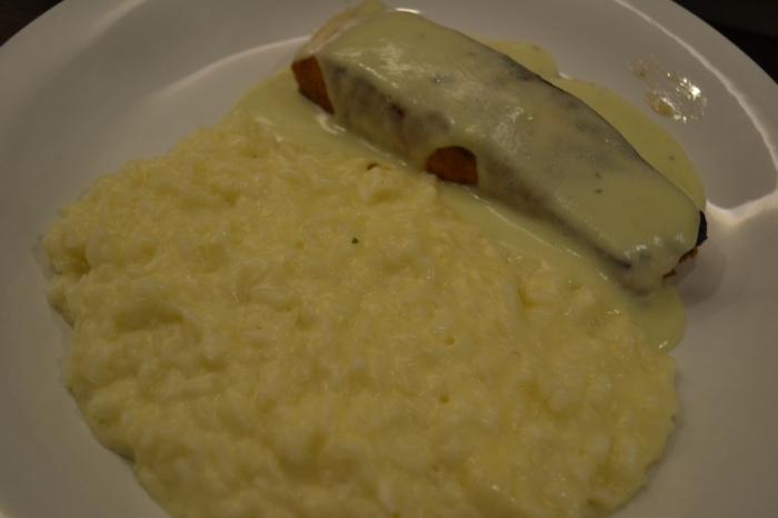 Risoto de limão siciliano com salmão ao molho parmesão