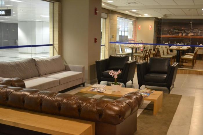 Recepção do hotel dentro do Terminal 3 de GRU